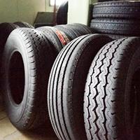 炭釜タイヤ商会のタイヤ交換